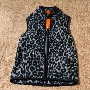 Nwt: girls fuzzy leopard print vest